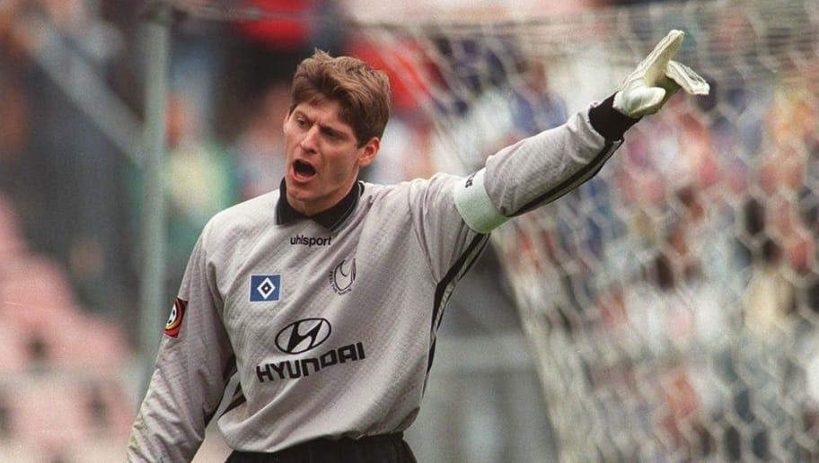 GERMANY - APRIL 26:  FUSSBALL: KSC - HSV 3:1 26.04.97, TORWART Richard GOLZ /HSV  (Photo by Bernd Lauter/Bongarts/Getty Images)