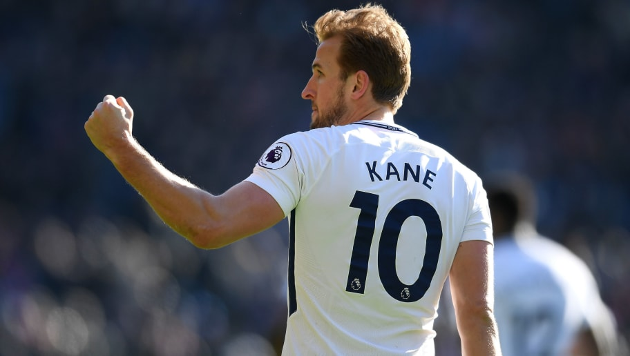 LONDON, ENGLAND - FEBRUARY 25:  Harry Kane of Tottenham Hotspur celebrates after scoring his sides first goal during the Premier League match between Crystal Palace and Tottenham Hotspur at Selhurst Park on February 25, 2018 in London, England.  (Photo by Mike Hewitt/Getty Images)