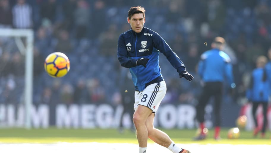 WEST BROMWICH, ENGLAND - FEBRUARY 24:  Gareth Barry of West Bromwich Albion warms up prior to the Premier League match between West Bromwich Albion and Huddersfield Town at The Hawthorns on February 24, 2018 in West Bromwich, England.  (Photo by Alex Morton/Getty Images)