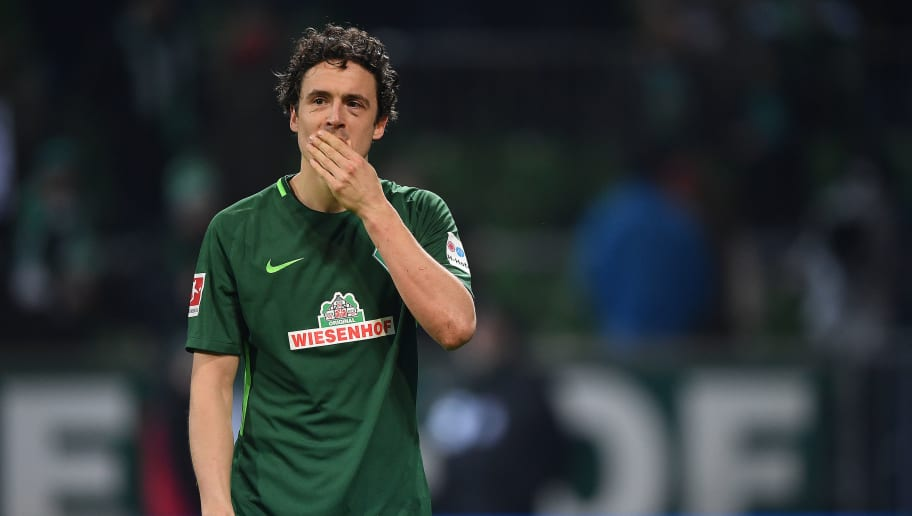 BREMEN, GERMANY - JANUARY 27: Thomas Delaney of Bremen looks dejected after the Bundesliga match between SV Werder Bremen and Hertha BSC at Weserstadion on January 27, 2018 in Bremen, Germany. (Photo by Stuart Franklin/Bongarts/Getty Images)