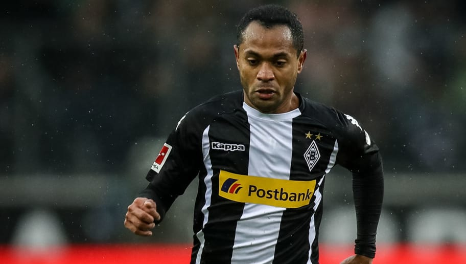 MOENCHENGLADBACH, GERMANY - JANUARY 20: Raffael of Moenchengladbach controls the ball during the Bundesliga match between Borussia Moenchengladbach and FC Augsburg at Borussia-Park on January 20, 2018 in Moenchengladbach, Germany. (Photo by Maja Hitij/Bongarts/Getty Images)