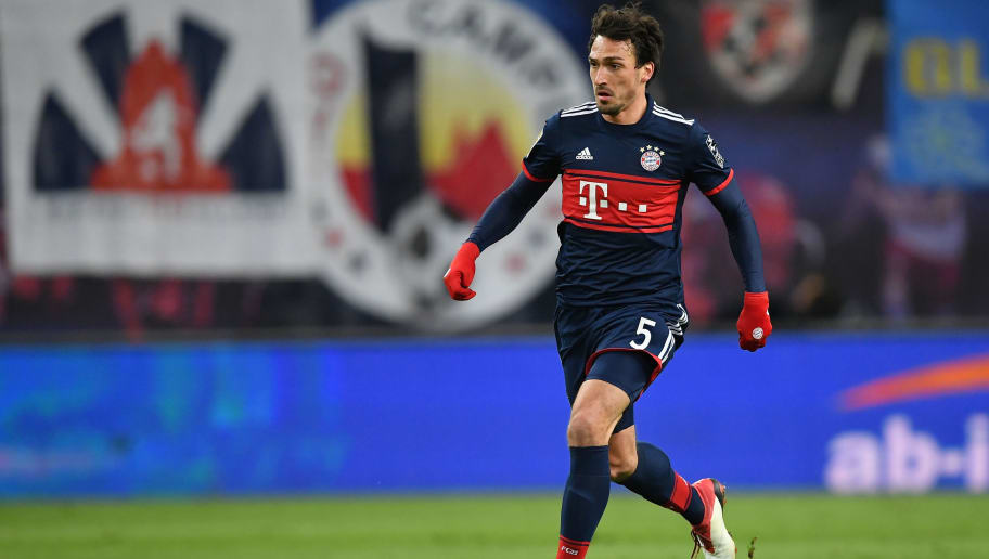 LEIPZIG, GERMANY - MARCH 18:  Mats Hummels of Bayern in action during the Bundesliga match between RB Leipzig and FC Bayern Muenchen at Red Bull Arena on March 18, 2018 in Leipzig, Germany.  (Photo by Stuart Franklin/Bongarts/Getty Images)
