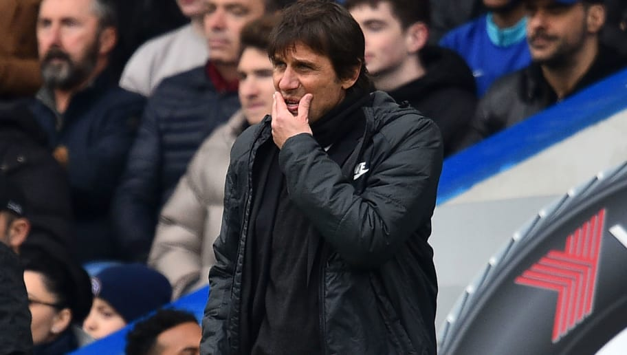 Chelsea's Italian head coach Antonio Conte gestures on the touchline during the English Premier League football match between Chelsea and Tottenham Hotspur at Stamford Bridge in London on April 1, 2018. / AFP PHOTO / Glyn KIRK / RESTRICTED TO EDITORIAL USE. No use with unauthorized audio, video, data, fixture lists, club/league logos or 'live' services. Online in-match use limited to 75 images, no video emulation. No use in betting, games or single club/league/player publications.  /         (Photo credit should read GLYN KIRK/AFP/Getty Images)