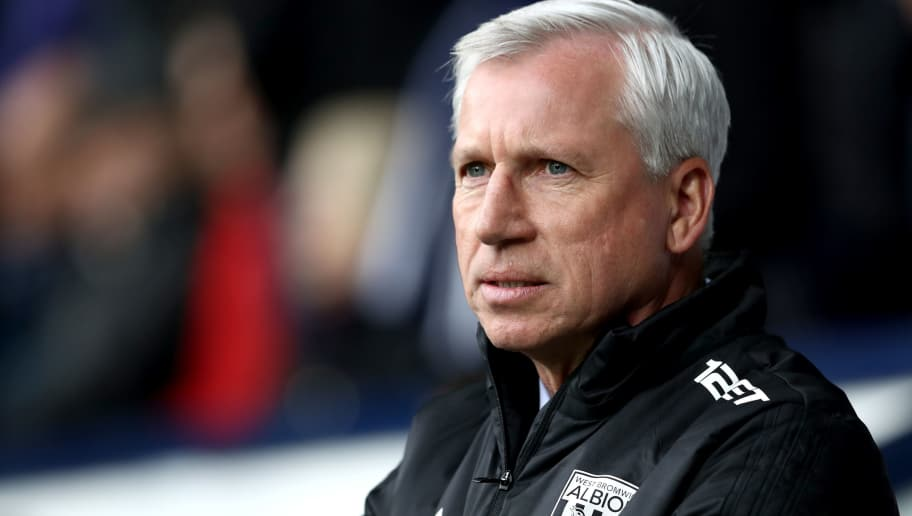WEST BROMWICH, ENGLAND - MARCH 31:  Alan Pardew, Manager of West Bromwich Albion looks on prior to the Premier League match between West Bromwich Albion and Burnley at The Hawthorns on March 31, 2018 in West Bromwich, England.  (Photo by Matthew Lewis/Getty Images)