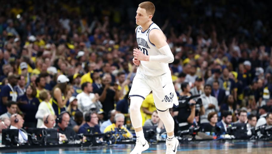 SAN ANTONIO, TX - APRIL 02: Donte DiVincenzo #10 of the Villanova Wildcats reacts against the Michigan Wolverines in the second half during the 2018 NCAA Men's Final Four National Championship game at the Alamodome on April 2, 2018 in San Antonio, Texas.  (Photo by Ronald Martinez/Getty Images)