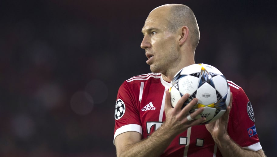Bayern Munich's Dutch midfielder Arjen Robben holds the ball during the UEFA Champions League quarter-final first leg football match between Sevilla FC and Bayern Munich at the Ramon Sanchez Pizjuan Stadium in Sevilla on April 3, 2018. / AFP PHOTO / JORGE GUERRERO        (Photo credit should read JORGE GUERRERO/AFP/Getty Images)