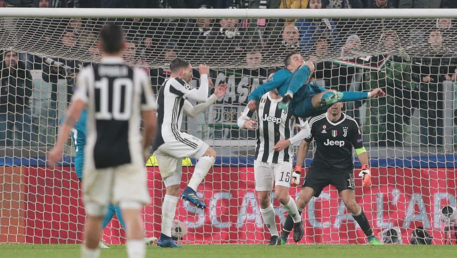 Photo Gareth Bale S Reaction To Cristiano Ronaldo S Bicycle Kick Against Juventus 90min