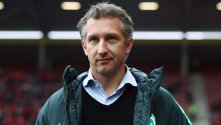 MAINZ, GERMANY - FEBRUARY 18:  Frank Baumann of Bremen looks on prior to the Bundesliga match between 1. FSV Mainz 05 and Werder Bremen at Opel Arena on February 18, 2017 in Mainz, Germany.  (Photo by Alex Grimm/Bongarts/Getty Images)