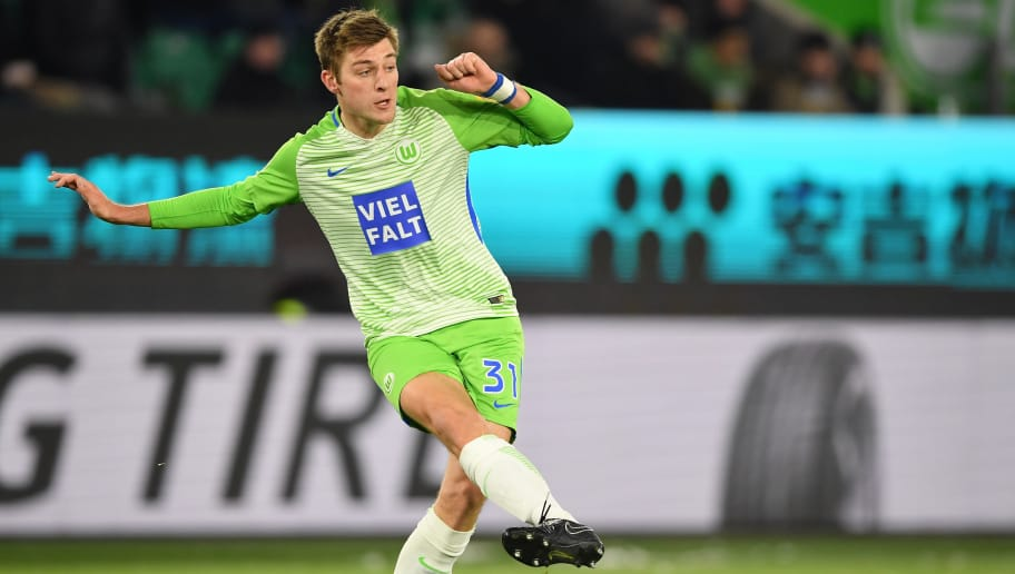 WOLFSBURG, GERMANY - MARCH 17:  Robin Knoche of Wolfsburg in action during the Bundesliga match between VfL Wolfsburg and FC Schalke 04 at Volkswagen Arena on March 17, 2018 in Wolfsburg, Germany.  (Photo by Stuart Franklin/Bongarts/Getty Images)