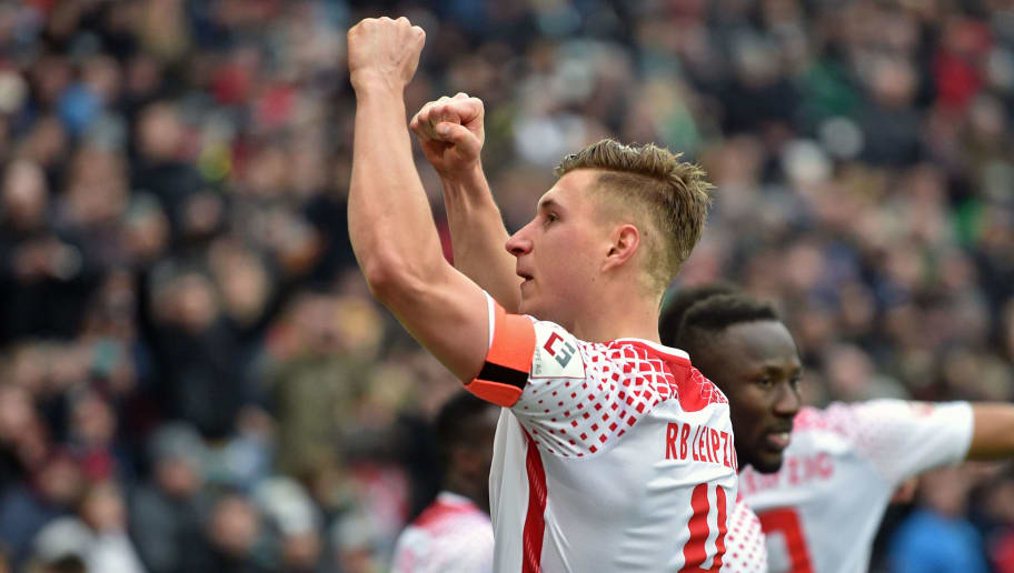 HANOVER, GERMANY - MARCH 31: Willi Orban of Leipzig celebrates during the Bundesliga match between Hannover 96 and RB Leipzig at HDI-Arena on March 31, 2018 in Hanover, Germany. (Photo by Thomas Starke/Bongarts/Getty Images)