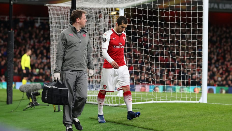 LONDON, ENGLAND - APRIL 05: Henrikh Mkhitaryan of Arsenal walks of injured during the UEFA Europa League quarter final leg one match between Arsenal FC and CSKA Moskva at Emirates Stadium on April 5, 2018 in London, United Kingdom.  (Photo by Catherine Ivill/Getty Images)
