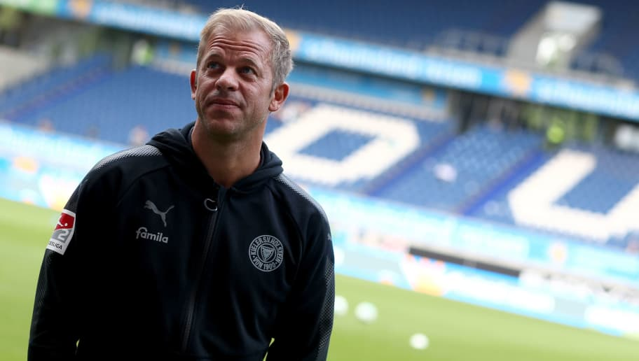 DUISBURG, GERMANY - SEPTEMBER 22:  Head coach Markus Anfang of Kiel looks on prior to the Second Bundesliga match between MSV Duisburg and Holstein Kiel at Schauinsland-Reisen-Arena on September 22, 2017 in Duisburg, Germany.  (Photo by Christof Koepsel/Bongarts/Getty Images)