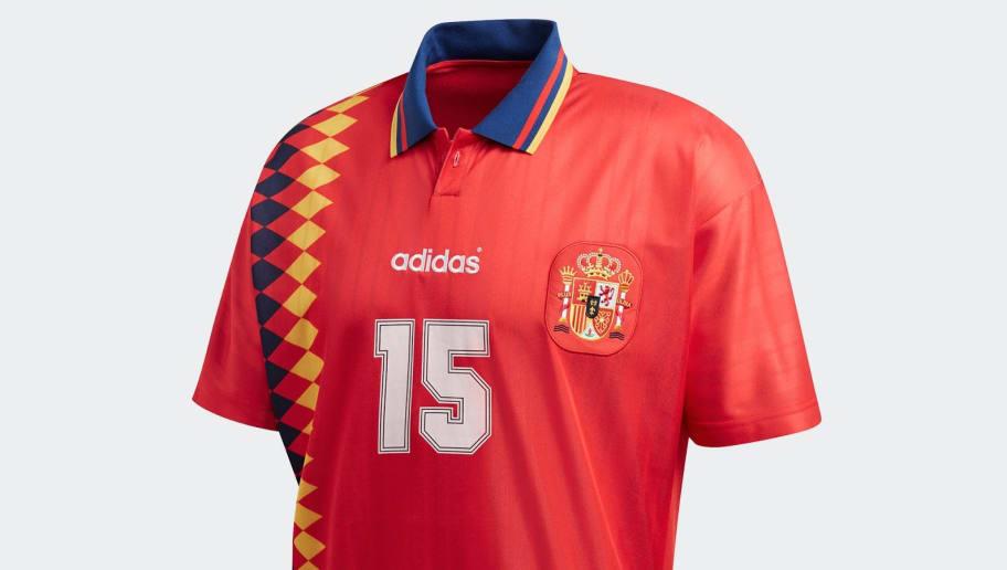 la mejor actitud e19ef 758d5 Las camisetas retro que de España, Alemani, Argentina y ...