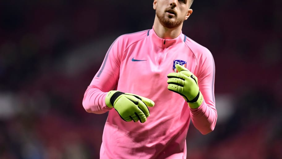 Atletico Madrid's Slovenian goalkeeper Jan Oblak warms up ahead of the UEFA Champions League group C football match between Atletico Madrid and AS Roma at the Wanda Metropolitan Stadium in Madrid on November 22, 2017. / AFP PHOTO / JAVIER SORIANO        (Photo credit should read JAVIER SORIANO/AFP/Getty Images)