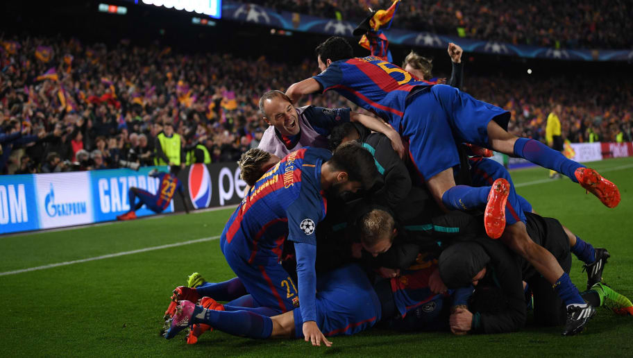 BARCELONA, SPAIN - MARCH 08:  Sergio Roberto of Barcelona is congratulated on scoring the sixth goal during the UEFA Champions League Round of 16 second leg match between FC Barcelona and Paris Saint-Germain at Camp Nou on March 8, 2017 in Barcelona, Spain.  (Photo by Laurence Griffiths/Getty Images)