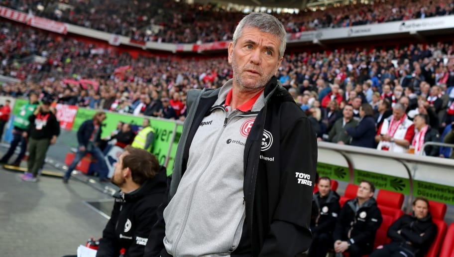 DUESSELDORF, GERMANY - APRIL 06: Head coach Friedhelm Funkel of Duesseldorf looks on prior to during the Second Bundesliga match between Fortuna Duesseldorf and VfL Bochum 1848 at Esprit-Arena on April 6, 2018 in Duesseldorf, Germany. (Photo by Christof Koepsel/Bongarts/Getty Images)