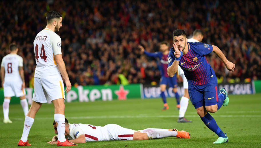 BARCELONA, SPAIN - APRIL 04:  Luis Su‡rezÊ of Barcelona celebrates scoring his goal during the quarter final first leg UEFA Champions League match between FC Barcelona and AS Roma at Camp Nou on April 4, 2018 in Barcelona, Spain.  (Photo by Stuart Franklin/Getty Images)