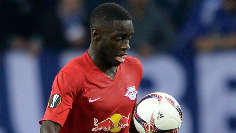 GELSENKIRCHEN, GERMANY - SEPTEMBER 29:  Dayot Upamecano of Salzburg controls the ball during the UEFA Europa League match between FC Schalke 04 and FC Salzburg at Veltins-Arena on September 29, 2016 in Gelsenkirchen, Germany.  (Photo by Sascha Steinbach/Bongarts/Getty Images)