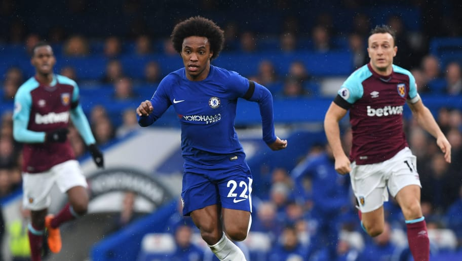 LONDON, ENGLAND - APRIL 08:  Willian of Chelsea in action during the Premier League match between Chelsea and West Ham United at Stamford Bridge on April 8, 2018 in London, England.  (Photo by Shaun Botterill/Getty Images)