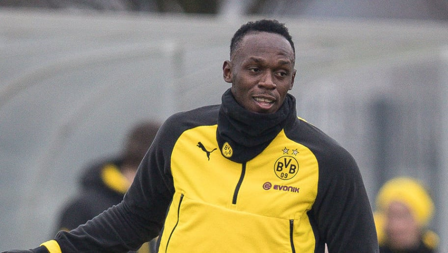 DORTMUND, GERMANY - MARCH 23: Usain Bolt controls the ball during a training of Borussia Dortmund on March 23, 2018 in Dortmund, Germany. (Photo by Maja Hitij/Bongarts/Getty Images)