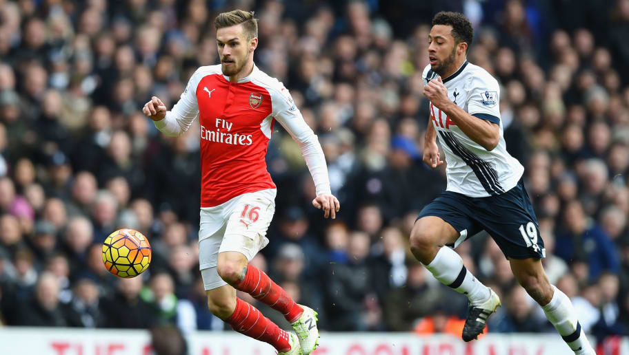 LONDON, ENGLAND - MARCH 05: Aaron Ramsey of Arsenal and Mousa Dembele of Tottenham Hotspur compete for the ball during the Barclays Premier League match between Tottenham Hotspur and Arsenal at White Hart Lane on March 5, 2016 in London, England.  (Photo by Shaun Botterill/Getty Images)