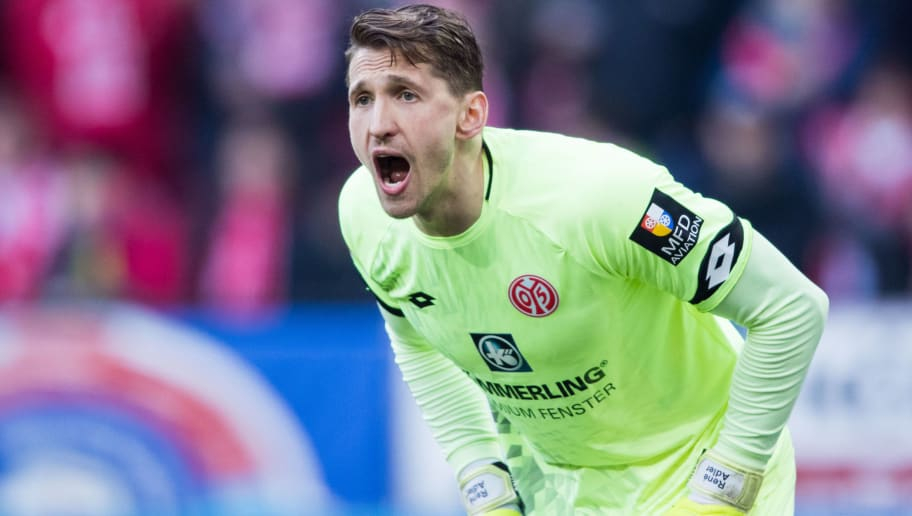MAINZ, GERMANY - APRIL 01: Goalkeeper Rene Adler of Mainz reacts during the Bundesliga match between 1. FSV Mainz 05 and Borussia Moenchengladbach at Opel Arena on April 1, 2018 in Mainz, Germany. (Photo by Simon Hofmann/Bongarts/Getty Images)
