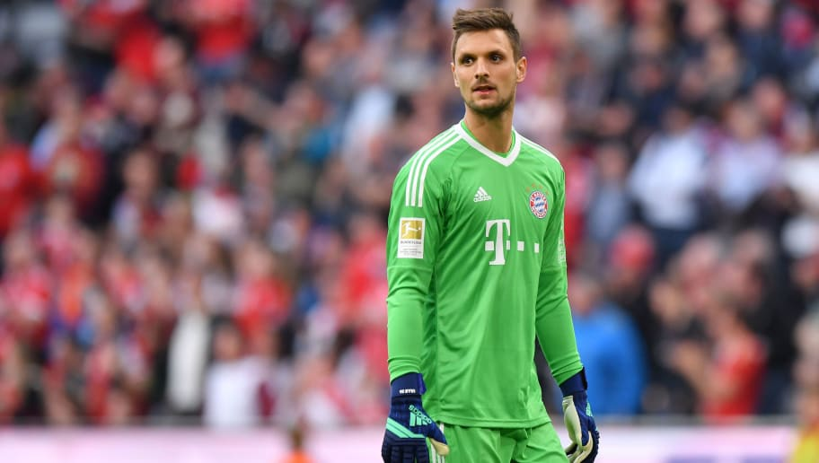MUNICH, GERMANY - APRIL 14: Goalkeeper Sven Ulreich  of Bayern Muenchen looks on during the Bundesliga match between FC Bayern Muenchen and Borussia Moenchengladbach at Allianz Arena on April 14, 2018 in Munich, Germany. (Photo by Sebastian Widmann/Bongarts/Getty Images,)