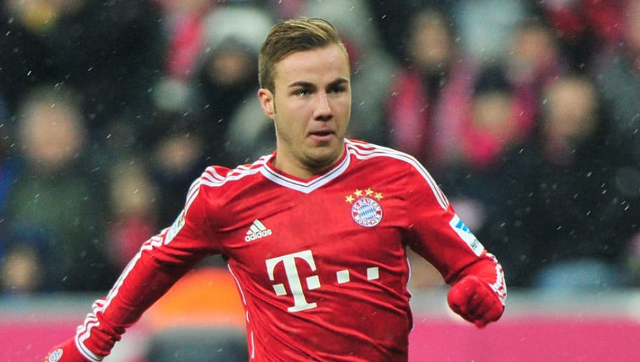 MUNICH, GERMANY - DECEMBER 14:  Mario Goetze of Muenchen in action during the Bundesliga match between FC Bayern Muenchen and Hamburger SV at Allianz Arena on December 14, 2013 in Munich, Germany.  (Photo by Lennart Preiss/Bongarts/Getty Images)