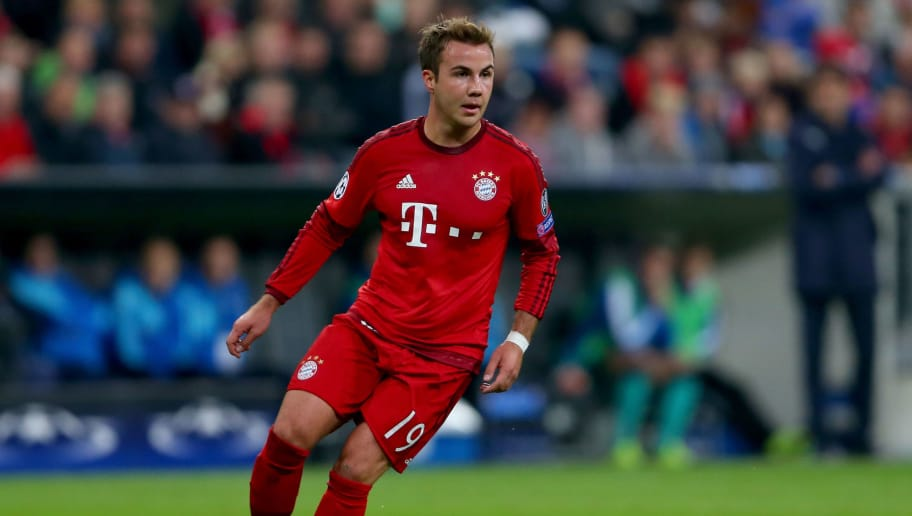 MUNICH, GERMANY - SEPTEMBER 29:  Mario Goetze of Bayern Muenchen runs with the ball during the UEFA Champions League Group F match between FC Bayern Munchen and GNK Dinamo Zagreb at tthe Allianz Arena on September 29, 2015 in Munich, Germany.  (Photo by Alexander Hassenstein/Bongarts/Getty Images)