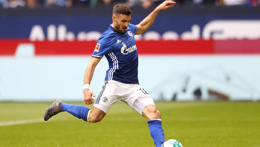 GELSENKIRCHEN, GERMANY - MARCH 31: Daniel Caligiuri of Schalke scores a penalty goal to make it 1:0 during the Bundesliga match between FC Schalke 04 and Sport-Club Freiburg at Veltins-Arena on March 31, 2018 in Gelsenkirchen, Germany. (Photo by Martin Rose/Bongarts/Getty Images)
