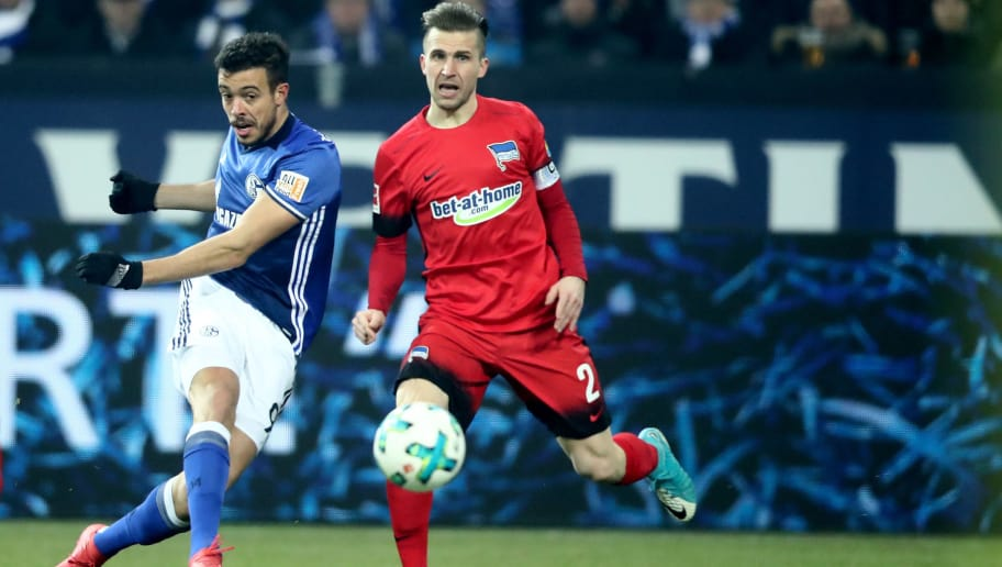 GELSENKIRCHEN, GERMANY - MARCH 03: Peter Pekarik of Berlin (R) challenges Franco Di Santo of Schalke (L) during the Bundesliga match between FC Schalke 04 and Hertha BSC at Veltins-Arena on March 3, 2018 in Gelsenkirchen, Germany. (Photo by Christof Koepsel/Bongarts/Getty Images)