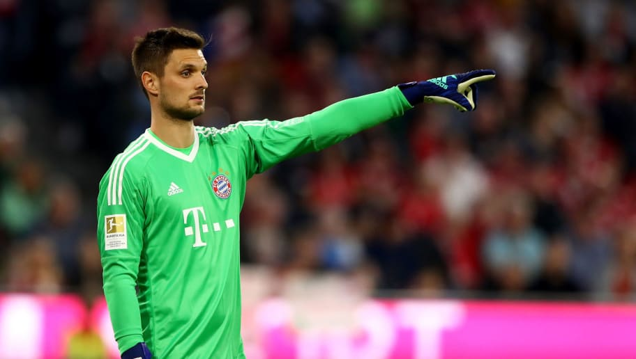 MUNICH, GERMANY - APRIL 14: Sven Ulreich, goalkeeper of Muenchen gestures during the Bundesliga match between FC Bayern Muenchen and Borussia Moenchengladbach at Allianz Arena on April 14, 2018 in Munich, Germany.  (Photo by Martin Rose/Bongarts/Getty Images)