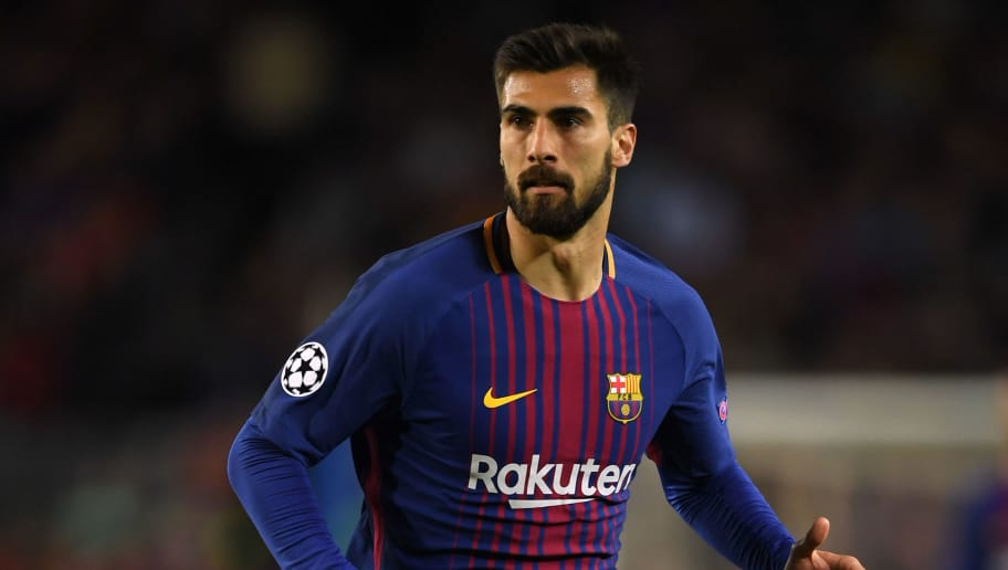 BARCELONA, SPAIN - APRIL 04:  Andre Gomes of Barcelona in action during the UEFA Champions League Quarter Final Leg One between FC Barcelona and AS Roma at Camp Nou on April 4, 2018 in Barcelona, Spain.  (Photo by Mike Hewitt/Getty Images)