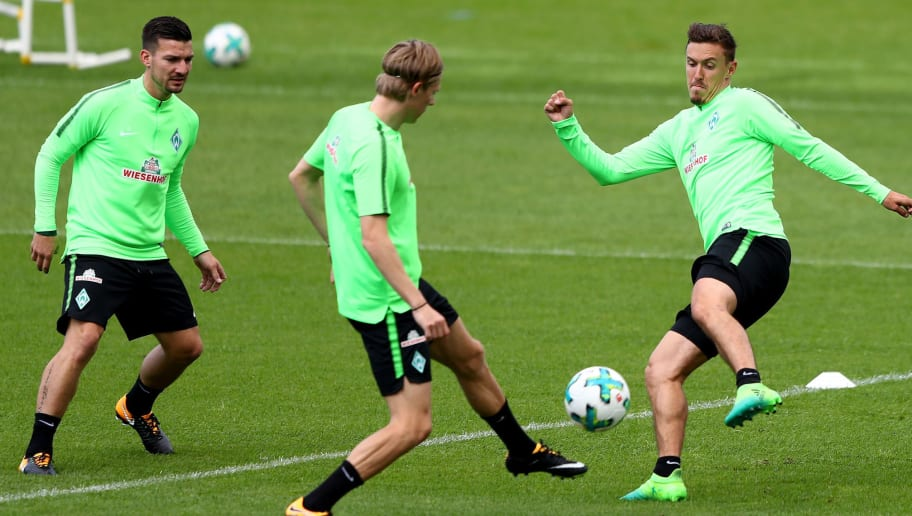 BREMEN, GERMANY - JULY 02:  Max Kruse controls the ball during a Werder Bremen training session at Weserstadion on July 2, 2017 in Bremen, Germany.  (Photo by Martin Rose/Bongarts/Getty Images)