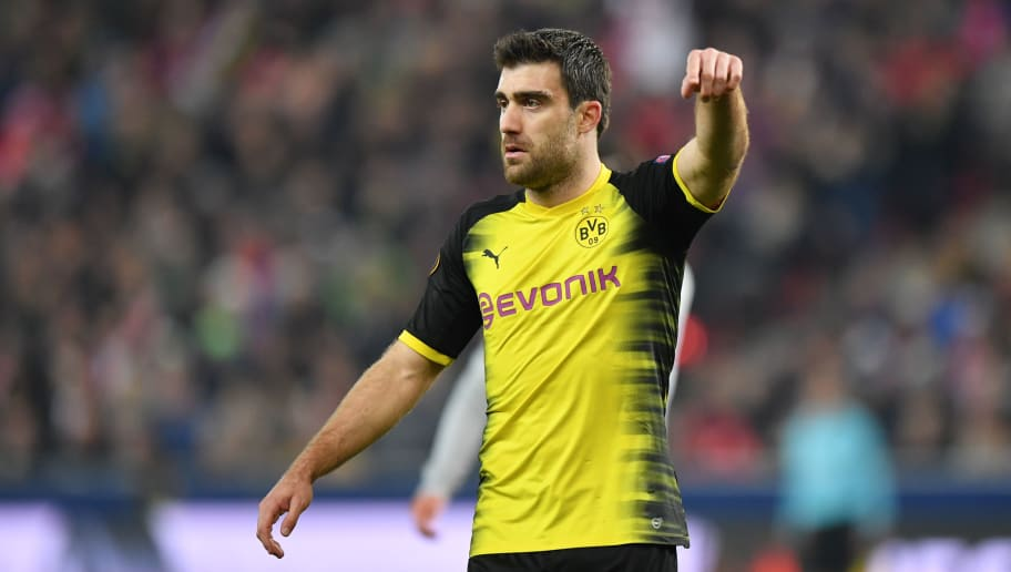 SALZBURG, AUSTRIA - MARCH 15: Sokratis Papastathopoulos of Dortmund gestures during the UEFA Europa League Round of 16, 2nd leg match between FC Red Bull Salzburg and Borussia Dortmund at the Red Bull Arena on March 15, 2018 in Salzburg, Austria. (Photo by Sebastian Widmann/Bongarts/Getty Images,)