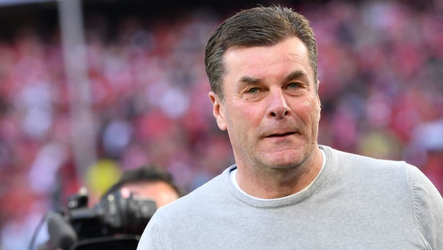 MUNICH, GERMANY - APRIL 14: Dieter Hecking, coach of Moenchengladbach, looks on before the Bundesliga match between FC Bayern Muenchen and Borussia Moenchengladbach at Allianz Arena on April 14, 2018 in Munich, Germany. (Photo by Sebastian Widmann/Bongarts/Getty Images,)