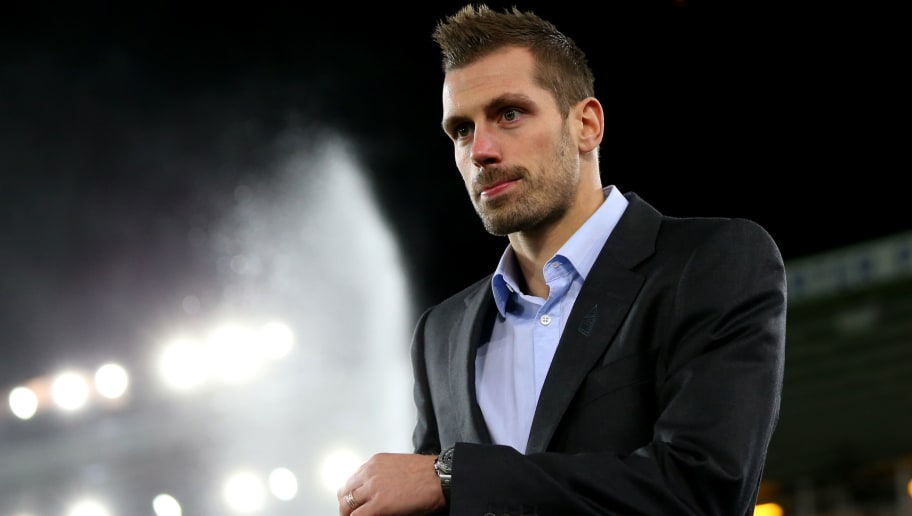 LIVERPOOL, ENGLAND - NOVEMBER 29: Morgan Schneiderlin of Everton arrives at the stadium prior to the Premier League match between Everton and West Ham United at Goodison Park on November 29, 2017 in Liverpool, England.  (Photo by Jan Kruger/Getty Images)