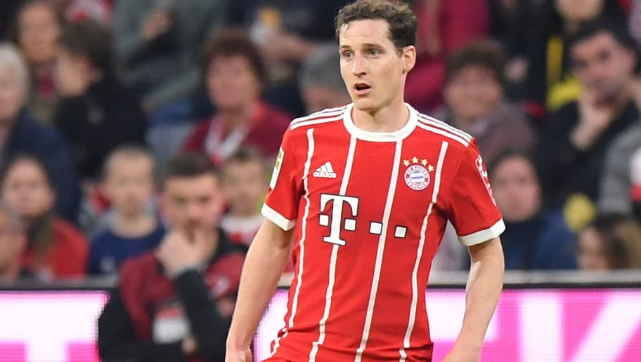 MUNICH, GERMANY - APRIL 14: Sebastian Rudy of Bayern Muenchen plays the ball during the Bundesliga match between FC Bayern Muenchen and Borussia Moenchengladbach at Allianz Arena on April 14, 2018 in Munich, Germany. (Photo by Sebastian Widmann/Bongarts/Getty Images,)
