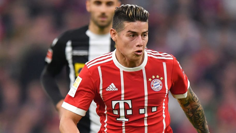 MUNICH, GERMANY - APRIL 14: James Rodriguez of Bayern Muenchen plays the ball during the Bundesliga match between FC Bayern Muenchen and Borussia Moenchengladbach at Allianz Arena on April 14, 2018 in Munich, Germany. (Photo by Sebastian Widmann/Bongarts/Getty Images,)