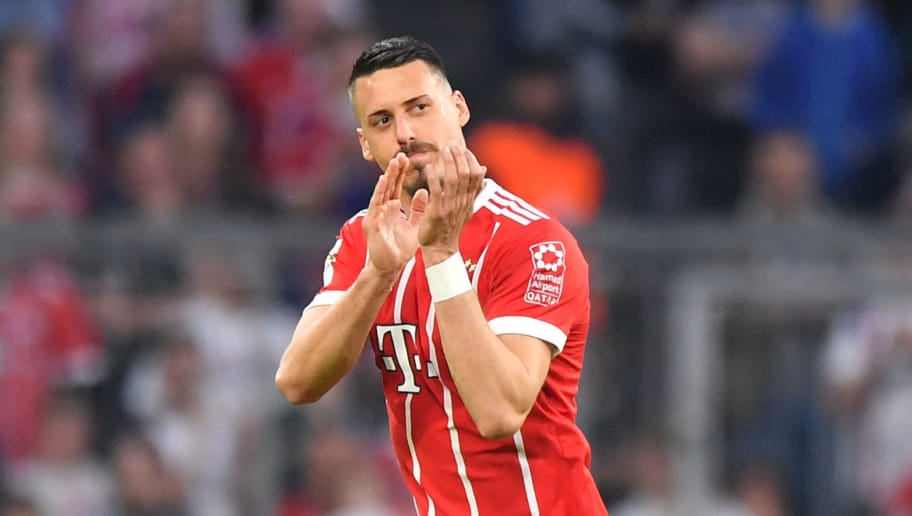 MUNICH, GERMANY - APRIL 14: Sandro Wagner of Bayern Muenchen applauds towards the fans during the Bundesliga match between FC Bayern Muenchen and Borussia Moenchengladbach at Allianz Arena on April 14, 2018 in Munich, Germany. (Photo by Sebastian Widmann/Bongarts/Getty Images,)