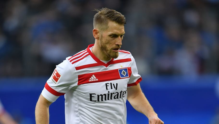HAMBURG, GERMANY - APRIL 07:  Aaron HuntÊof Hamburg in action during the Bundesliga match between Hamburger SV and FC Schalke 04 at Volksparkstadion on April 7, 2018 in Hamburg, Germany.  (Photo by Stuart Franklin/Bongarts/Getty Images)