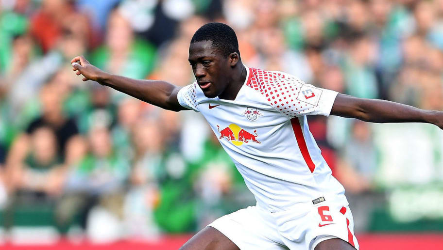 BREMEN, GERMANY - APRIL 15: Philipp Bargfrede (R) of Bremen and Ibrahima Konate of Leipzig battle for the ball during the Bundesliga match between SV Werder Bremen and RB Leipzig at Weserstadion on April 15, 2018 in Bremen, Germany.  (Photo by Stuart Franklin/Bongarts/Getty Images)