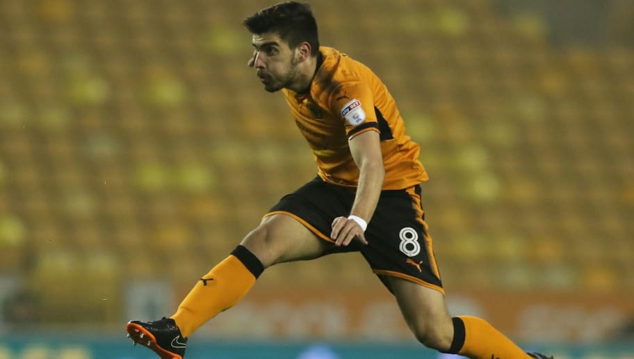 WOLVERHAMPTON, ENGLAND - APRIL 11:  Ruben Neves of Wolverhampton Wanderers takes a shot at goal during the Sky Bet Championship match between Wolverhampton Wanderers and Derby County at Molineux on April 11, 2018 in Wolverhampton, England.  (Photo by David Rogers/Getty Images)