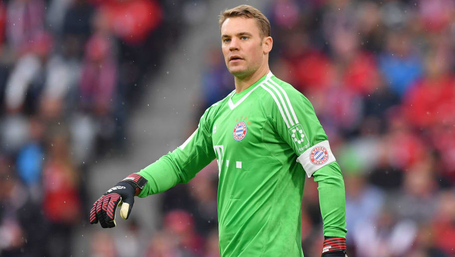 MUNICH, GERMANY - SEPTEMBER 16: Goalkeeper Manuel Neuer of FC Bayern Muenchen watches the match during the Bundesliga match between FC Bayern Muenchen and 1. FSV Mainz 05 at Allianz Arena on September 16, 2017 in Munich, Germany. (Photo by Sebastian Widmann/Bongarts/Getty Images)