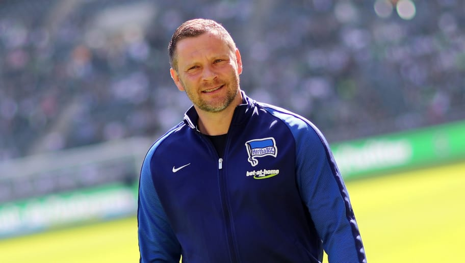 MOENCHENGLADBACH, GERMANY - APRIL 07: Head coach Pal Dardai of Berlin looks on prior to the Bundesliga match between Borussia Moenchengladbach and Hertha BSC at Borussia-Park on April 7, 2018 in Moenchengladbach, Germany. The match between Moenchengladbach and Berlin ended 2-1. (Photo by Christof Koepsel/Bongarts/Getty Images)