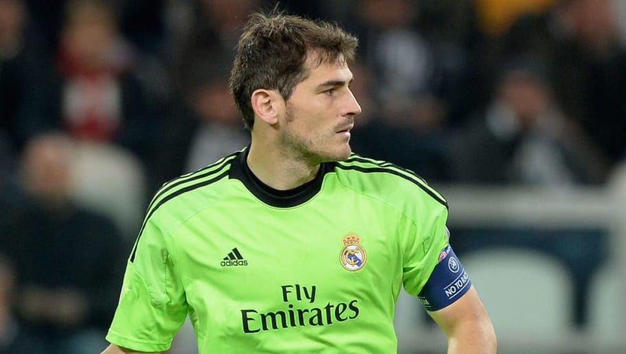 TURIN, ITALY - NOVEMBER 05:  Iker Casillas of Real Madrid in action during the UEFA Champions League Group B match between Juventus and Real Madrid  at Juventus Arena on November 5, 2013 in Turin, Italy.  (Photo by Claudio Villa/Getty Images)