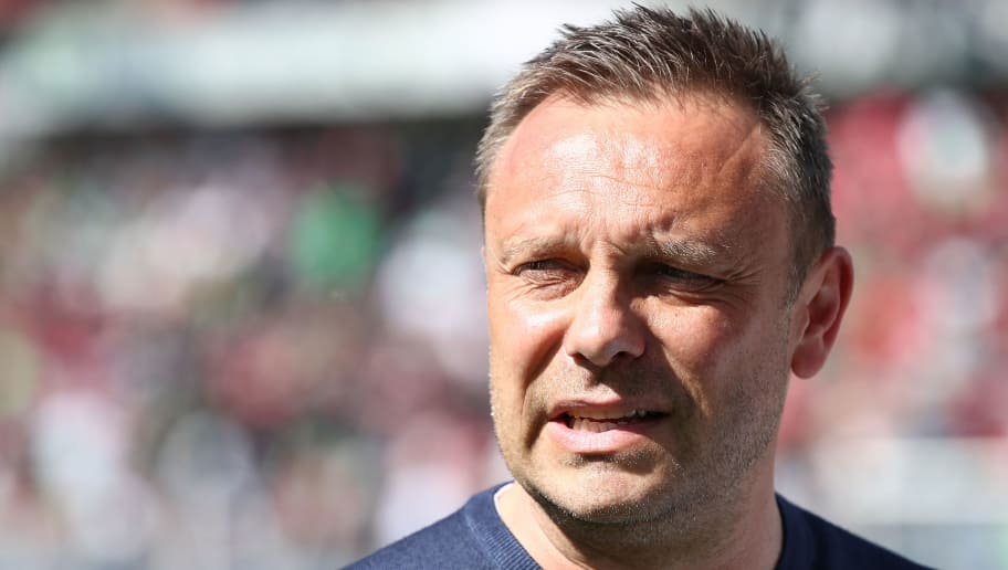 HANOVER, GERMANY - APRIL 21:  Head coach Andre Breitenreiter of Hannover looks on prior to the Bundesliga match between Hannover 96 and FC Bayern Muenchen at HDI-Arena on April 21, 2018 in Hanover, Germany.  (Photo by Oliver Hardt/Bongarts/Getty Images)