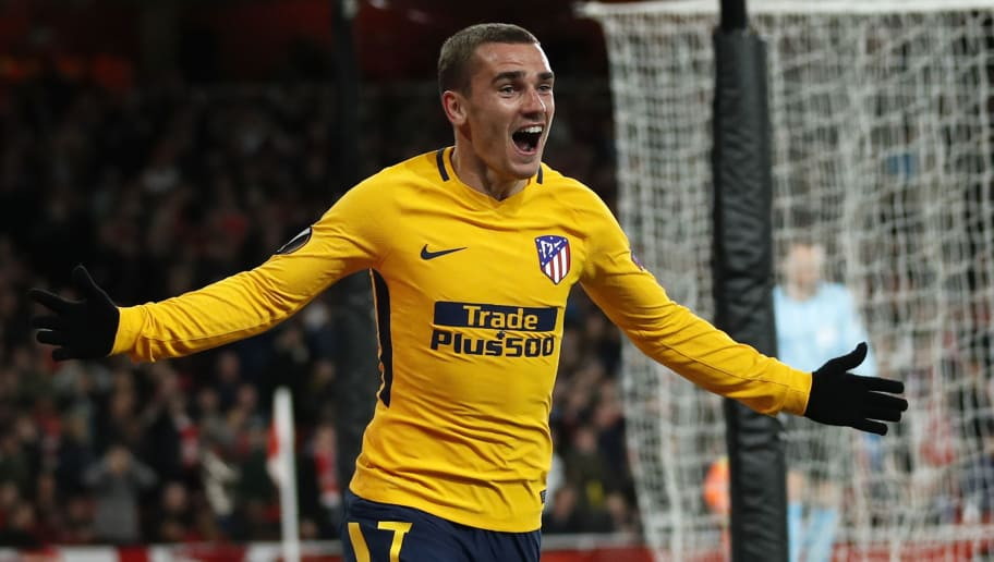 Atletico Madrid's French striker Antoine Griezmann celebrates after scoring their first goal during the UEFA Europa League first leg semi-final football match  between Arsenal and Atletico Madrid at the Emirates Stadium in London on April 26, 2018. - The game finished 1-1. (Photo by Adrian DENNIS / AFP)        (Photo credit should read ADRIAN DENNIS/AFP/Getty Images)
