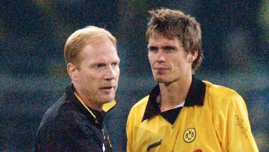 DORTMUND, GERMANY - AUGUST 27:  Champions League 03/04, Dortmund; Borussia Dortmund - FC Bruegge 4:5 n.E.; Trainer Matthias SAMMER und Sebastian KEHL/Dortmund  (Photo by Christof Koepsel/Bongarts/Getty Images)