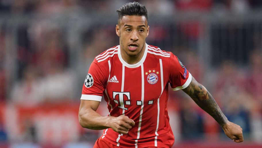 MUNICH, GERMANY - APRIL 25: Corentin Tolisso of FC Bayern Muenchen controls the ball during the UEFA Champions League Semi Final First Leg match between Bayern Muenchen and Real Madrid at the Allianz Arena on April 25, 2018 in Munich, Germany. (Photo by Matthias Hangst/Bongarts/Getty Images)